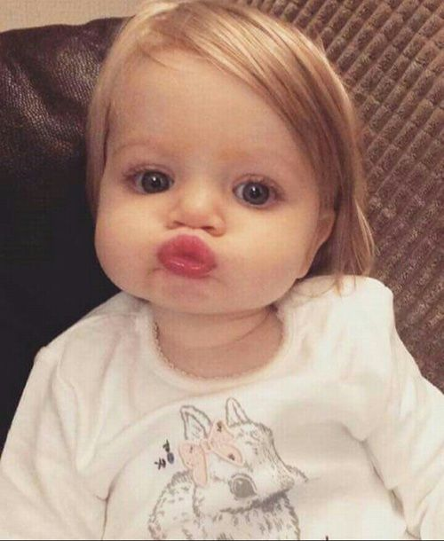 Baby Kiss And Sweet Image Baby Girl Names 2016 Cute Baby Photos