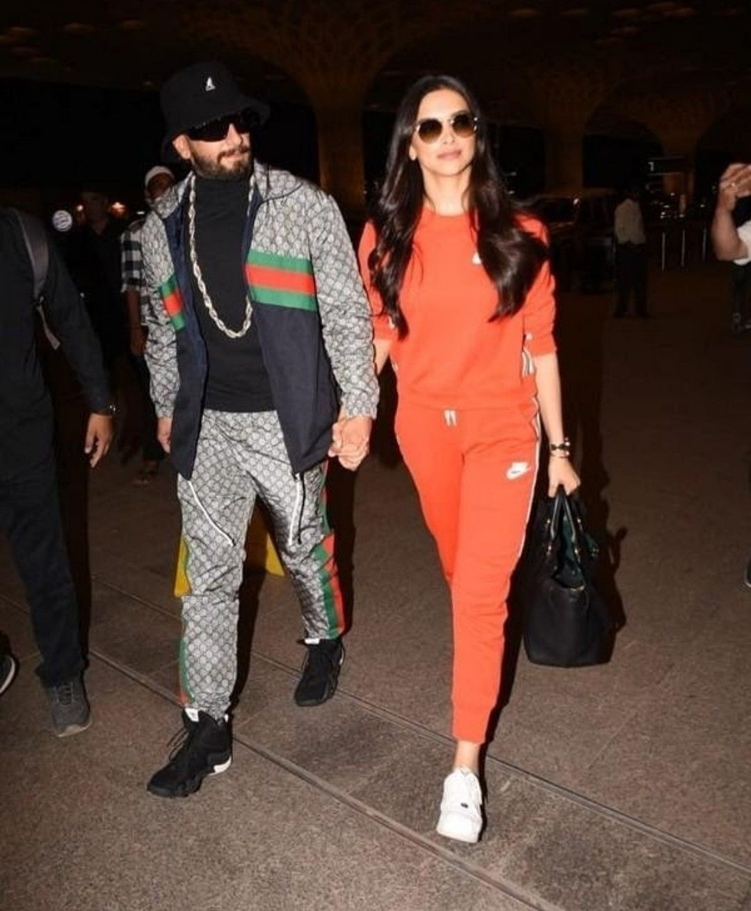Deepika Padukone And Ranveer Singh Spotted At The Airport Athleisure Outfits Sporty Outfits Fashion Outfits