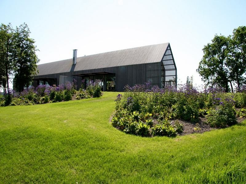 Old Barn Houses Garden | Design | Pinterest | Barn house design ...