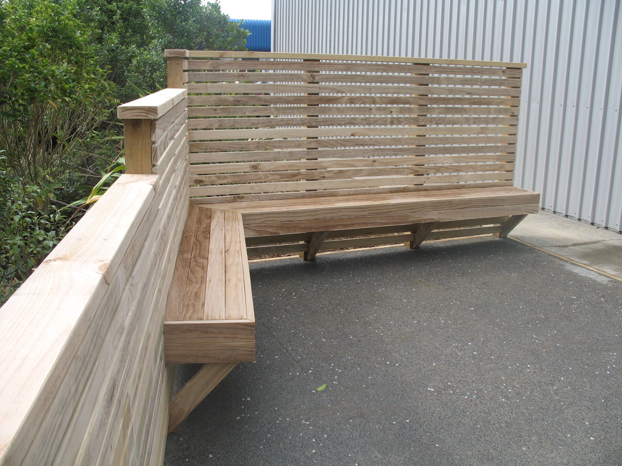 Fence and bench seat Diy backyard fence, Relaxing patio