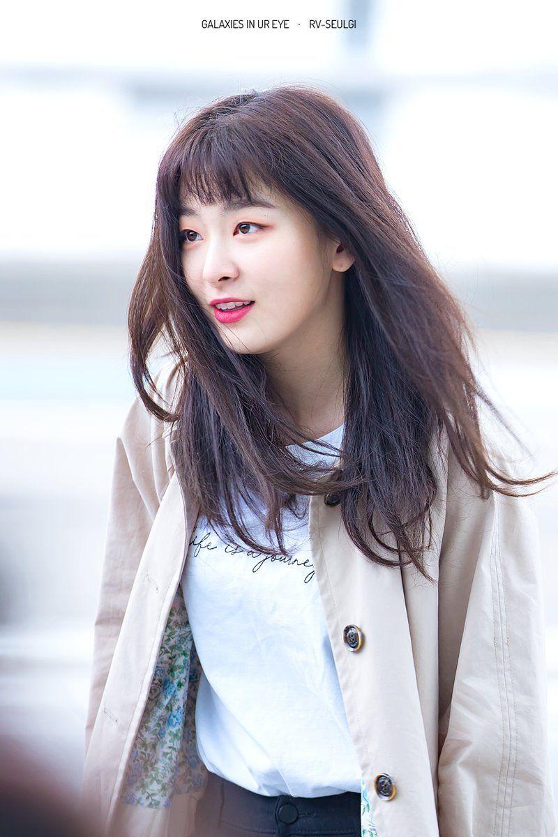 Seulgi Airport Heading To Mexico For Law Of Jungle Seulgi Kangseulgi Redvelvet Red Velvet Seulgi Red Velvet Red Velvet Irene