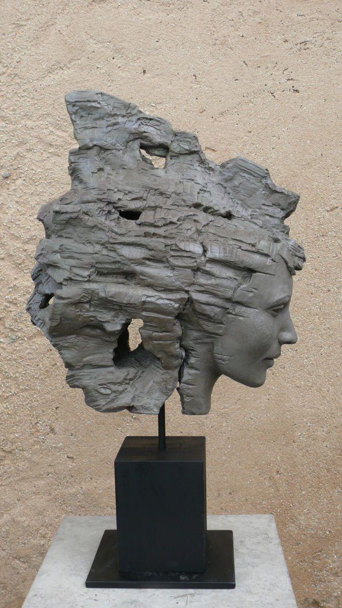 amiti l sculpture 17x67x38 cm par judith franken terre cuite patin e t te sculpte. Black Bedroom Furniture Sets. Home Design Ideas