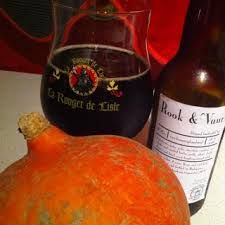 """Dutch brewery Brouwerij de Molen scores another win with this smoked stout. """"Rook en Vuur"""" translates as """"Smoke and Fire"""" and that's pretty accurate."""