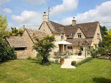 Grade ii listed cottage cotwolds exterior design for Cotswold cottage house plans