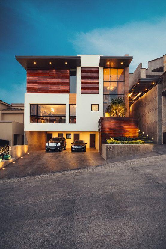 Residencia en hermosillo construida en un terreno de 149 for Fachadas de casas modernas en hermosillo