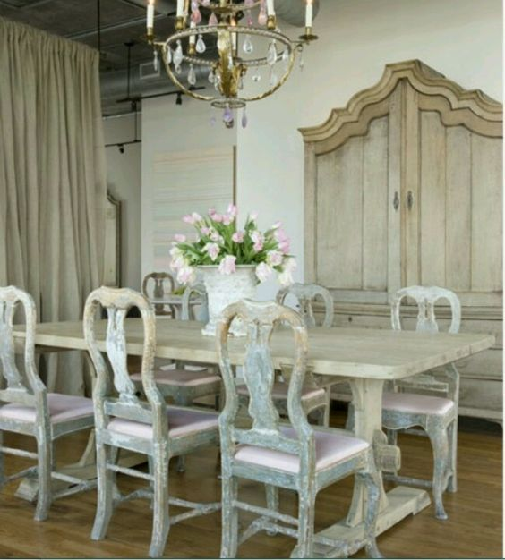 20 Country French Inspired Dining Room Ideas: 20 Pamela Pierce Designs {Dining Room Decor Inspiration