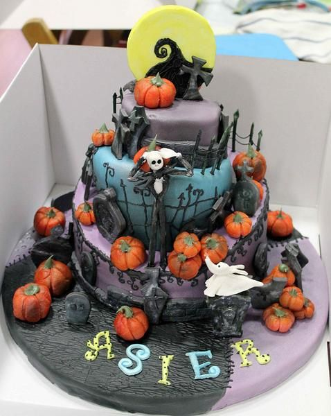 I found \u0027more Nightmare before Christmas cake - Tarta Pesadilla