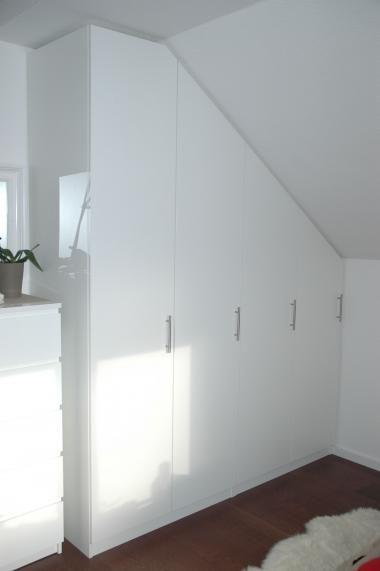 Dachschrägenschrank design dachschrägenschrank im schlafzimmer auf maß gefertigt bei