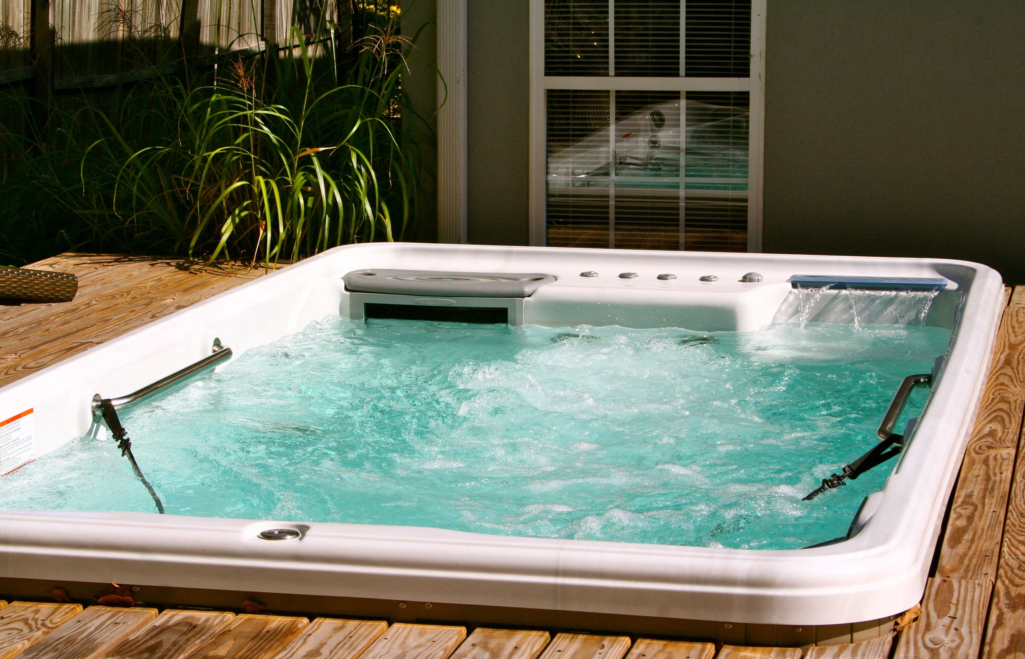 Tidal Fit - hydrotherapy spa | Hot Tubs & Spas | Pinterest | Spa ...