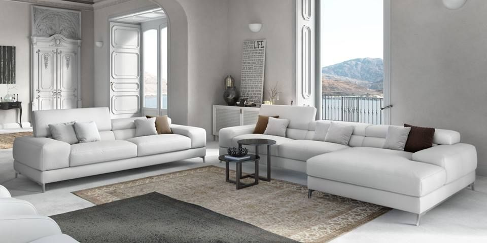Excellent living rooms <3