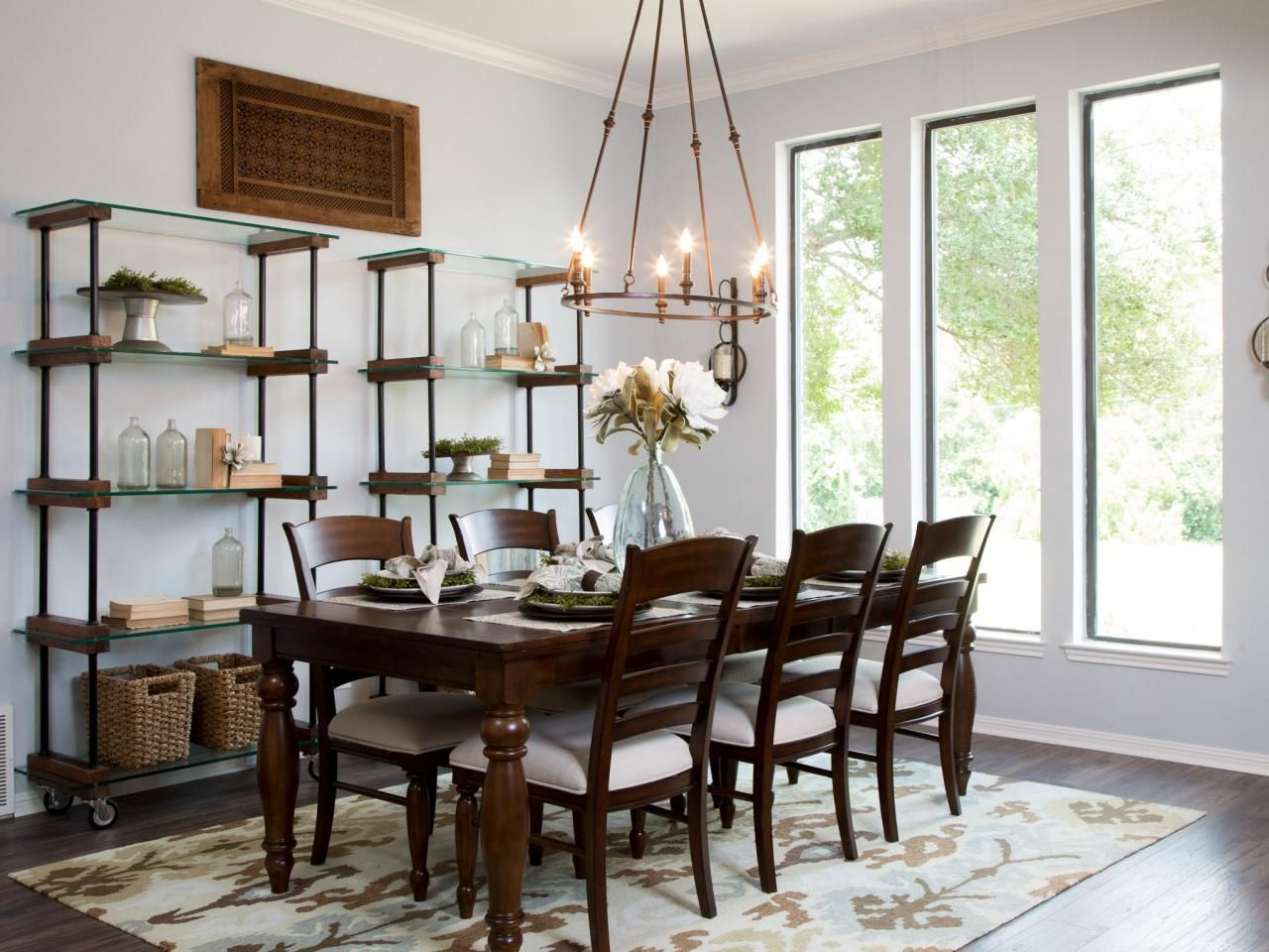 Fixer upper a rush to renovate an 39 80s ranch home for Joanna gaines dining room ideas