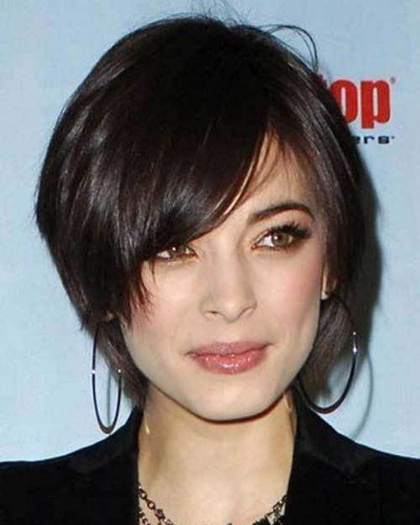 Mittellange Haare Frisuren 2021 Frauen - Hochsteck Frisuren