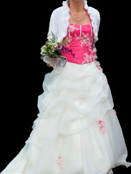 Robe de mariée d'occasion, bustier fuchsia avec jupon