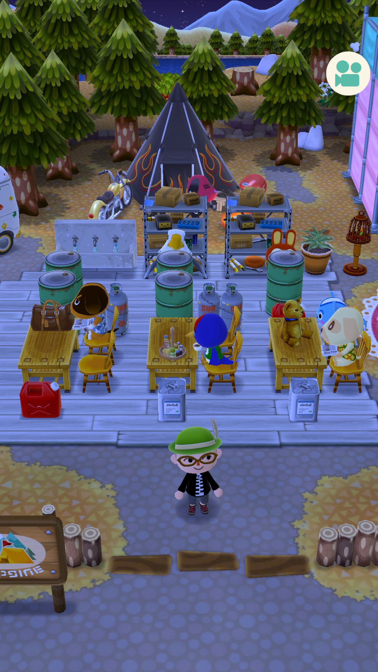 Currently On The Renegade Play Through Of Animal Crossing Pocket  # Muebles Festivos Animal Crossing
