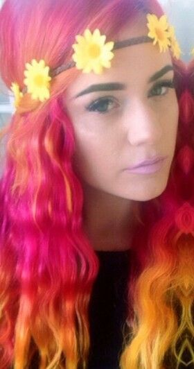Pink and orange dip dyed hair LOVE THIS just may be my next hair style but first is haloween아시안카지노아시안카지노아시안카지노아시안카지노