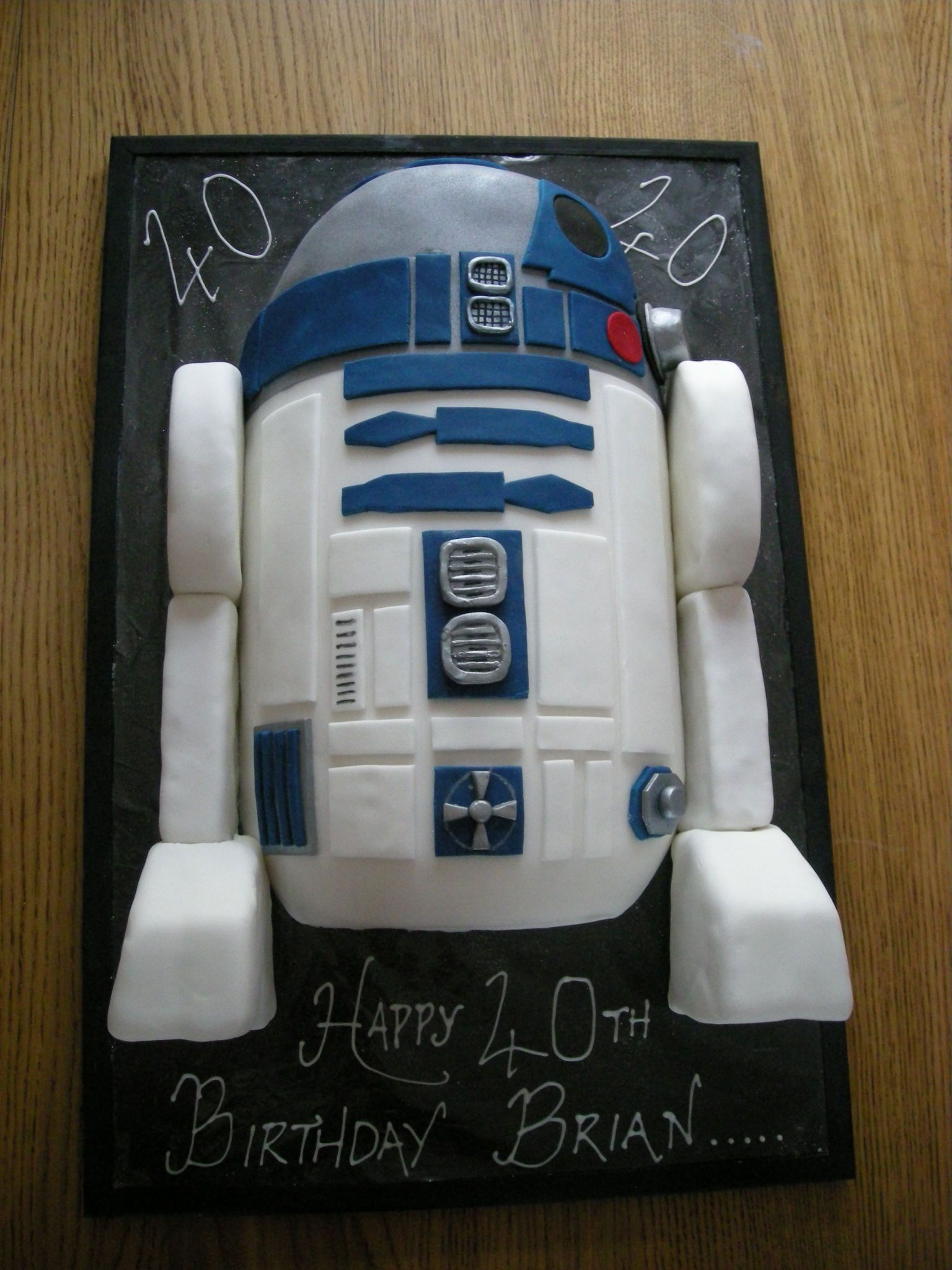 My Aunts Awesome Homemade R2d2 Cake Im Bias But I Think It Rocks