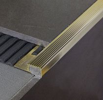 Nez De Marche En Aluminium En Laiton Antiderapant Stair Nosing Tile Stair Nosing Interior Decorating
