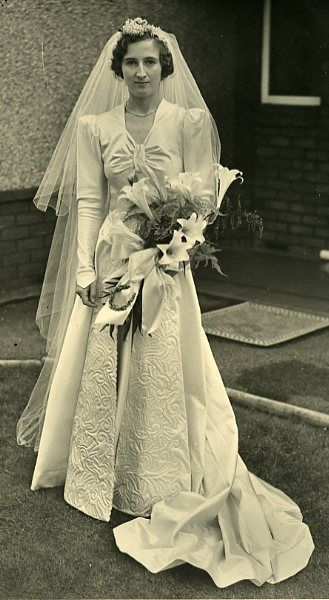 wedding dress Europe, United Kingdom, England, Merseyside, Liverpool ...
