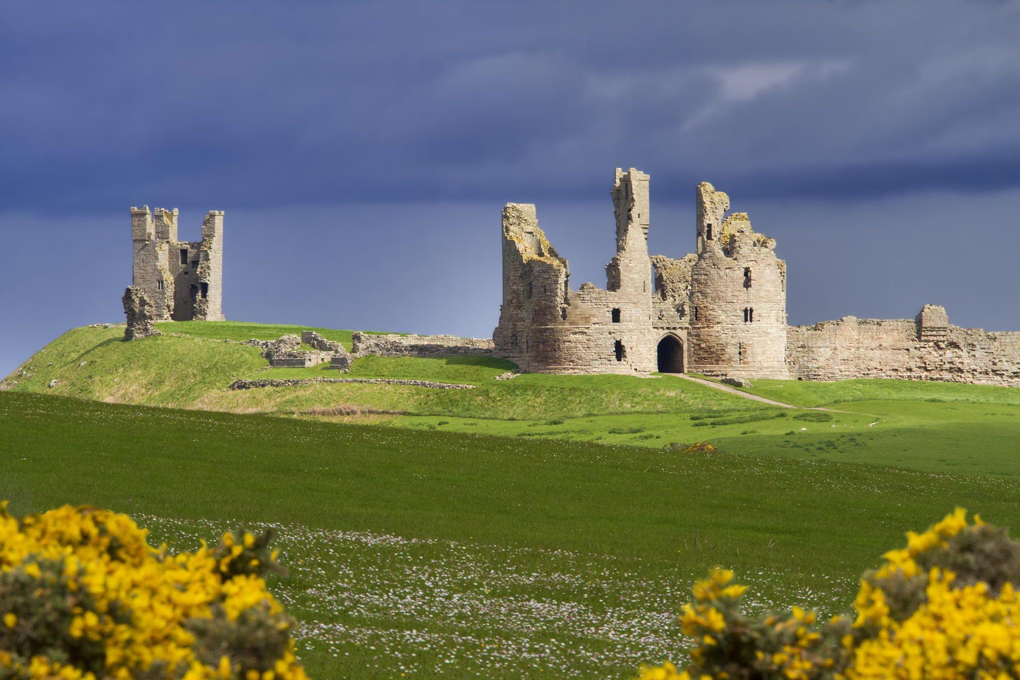 Dunstanburgh Castle - Dunstanburgh Castle, Northumberland, England