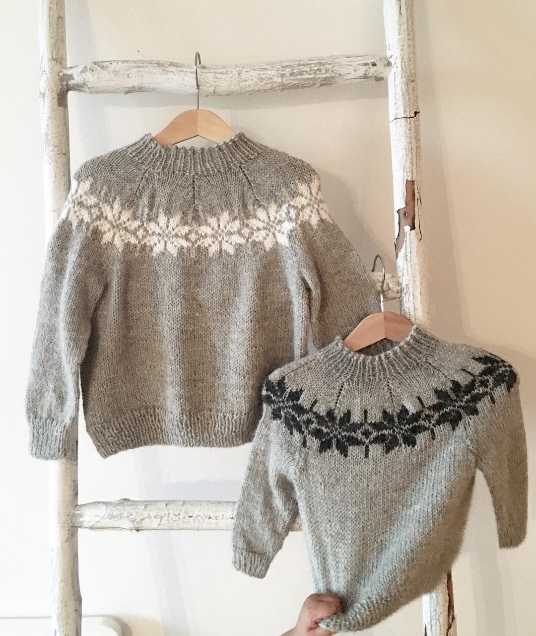 Til liten og til stor  ....pluss en liten hånd... #strikk #strikking #knit…