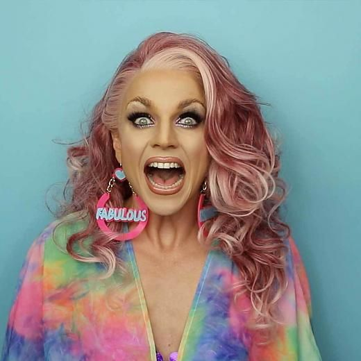 Courtney Act - RuPaul Drag Race 6 http://best-makeovers