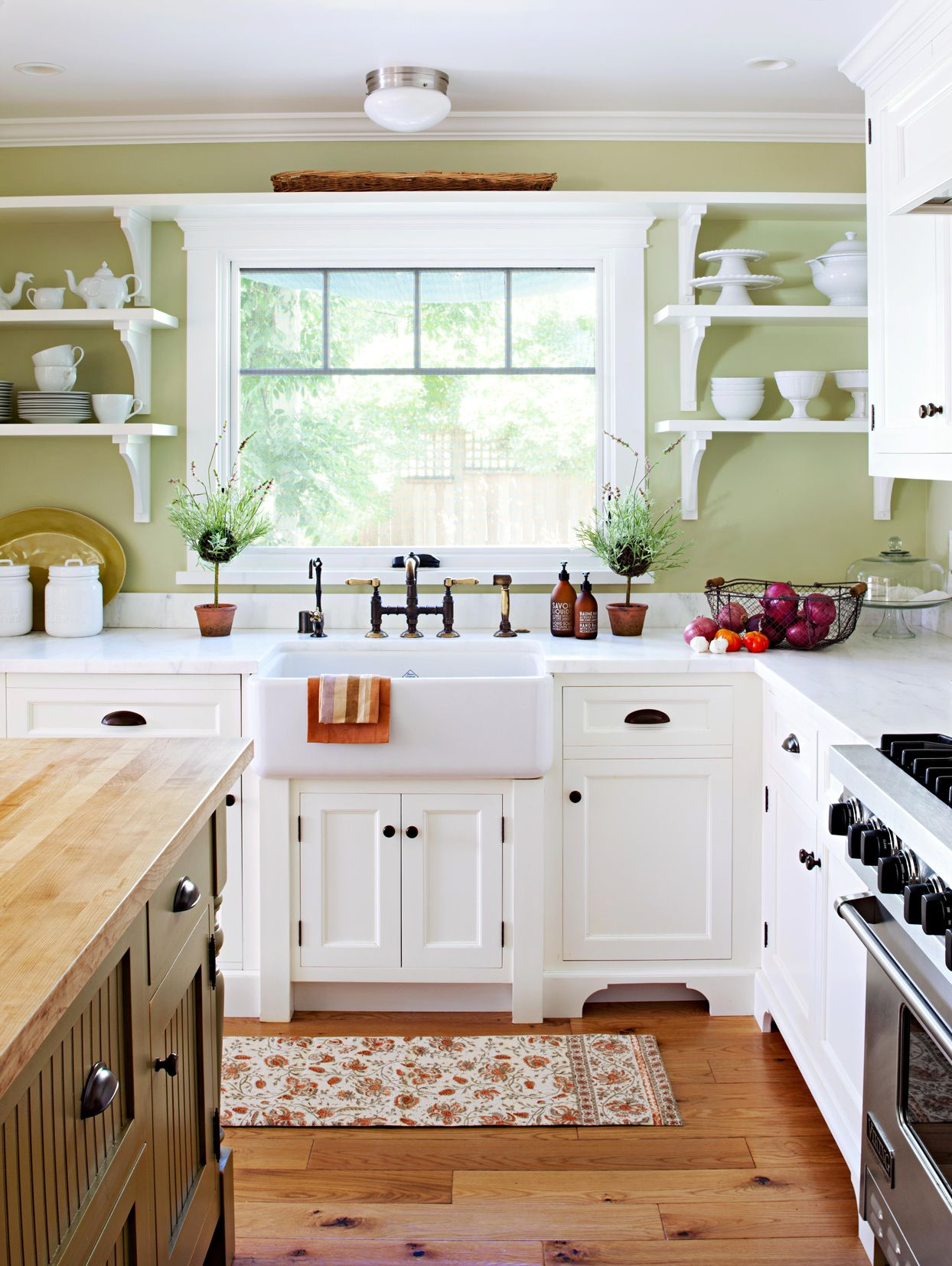 19 Green Color Schemes That Prove This Fresh Hue Goes With Almost Everything In 2020 Small Country Kitchens Kitchen Cabinet Styles Country Kitchen Designs