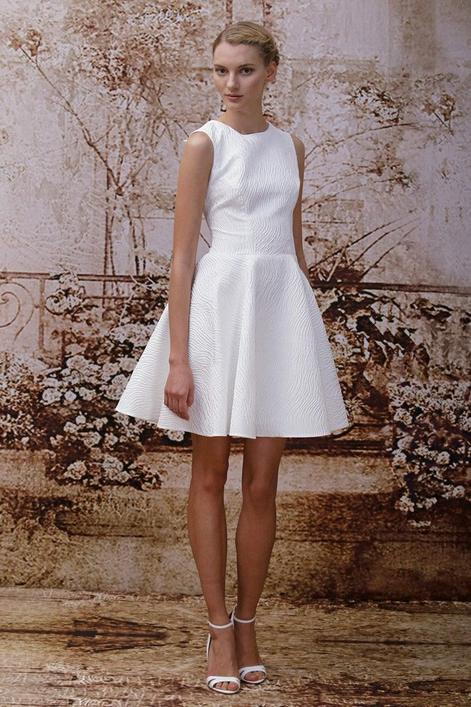 Monique Lhuillier Bridal Fall 2014 - LOVE the classic silhouette and beautiful detail here