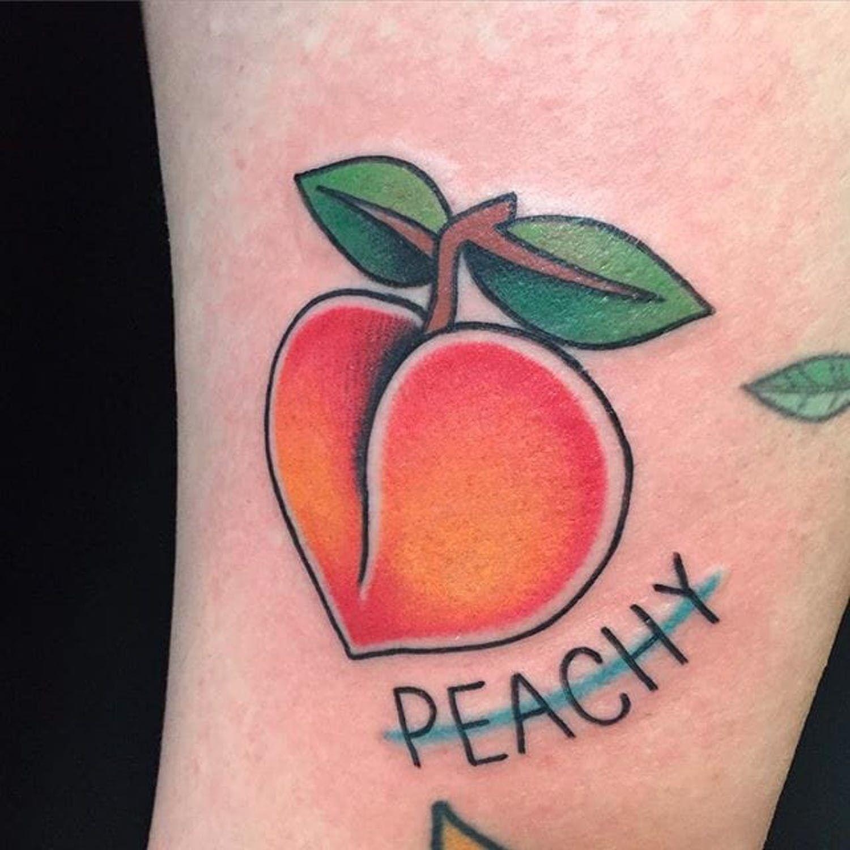 21 Incredibly Juicy Peach Tattoos Peach Tattoo Traditional