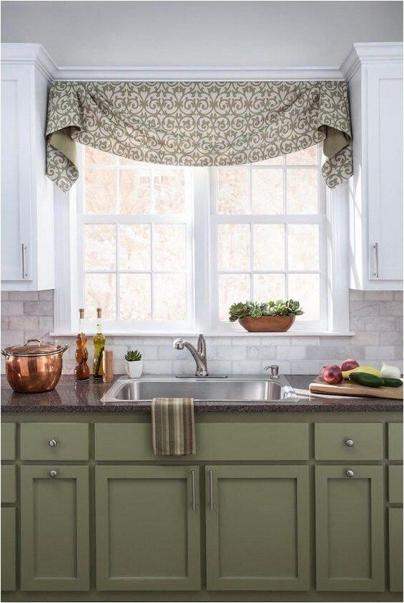 15 modern farmhouse window design ideas discoveries me in 2020 kitchen window valances on farmhouse kitchen window id=16491