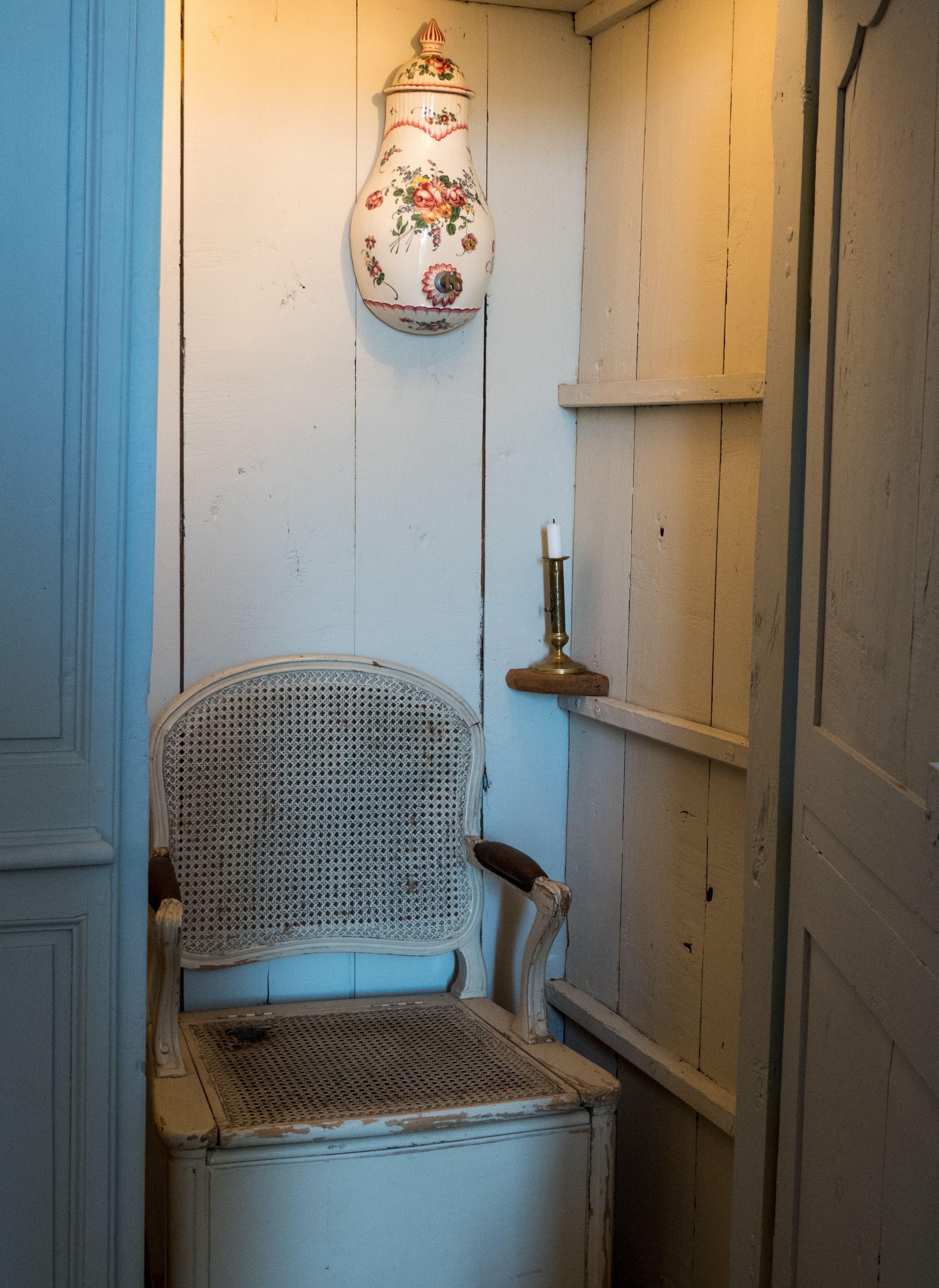 Ancienne Abbaye Royale De Moutiers Saint Jean Cote D Or France In 2020 Decor Home Decor Home