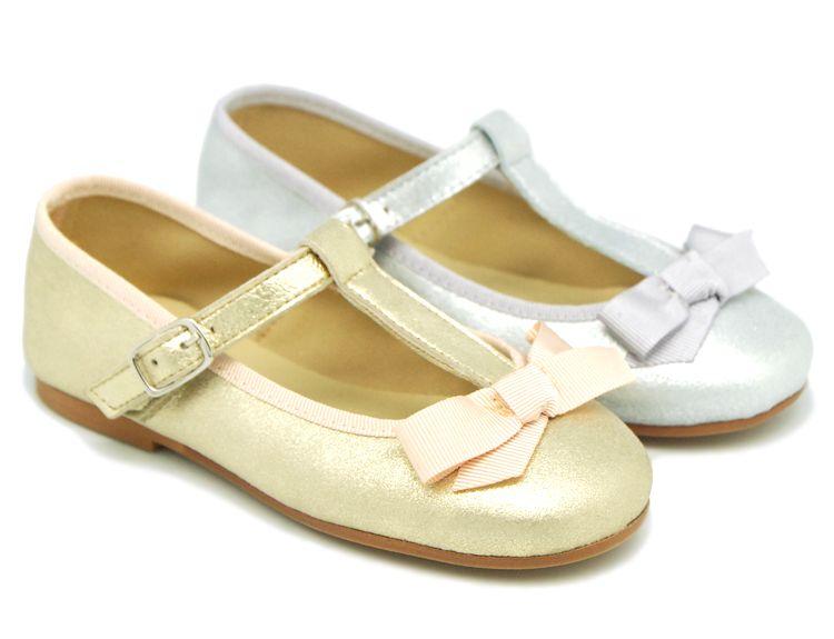 2f2a4051 Tienda online de calzado infantil Okaaspain. Merceditas en piel ante  metalizado en forma de t
