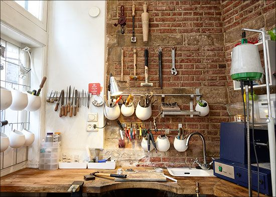 Gild Atelier- tiny, complete space. With a tiny sink in the bench, whaaat