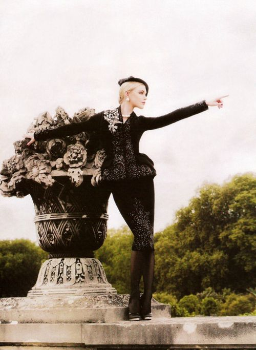 'High Fashion', Jessica Stam by Karl Lagerfeld, Harper's Bazaar November 2007.
