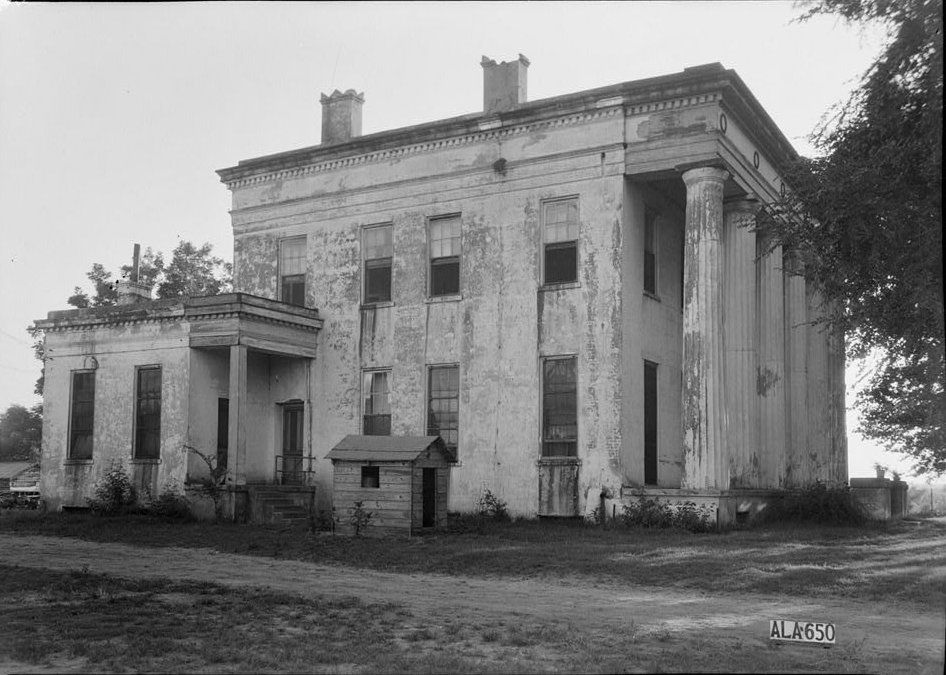 Stone Plantation / Young Plantation. Built ca 1852, photo from 1937 prior to restoration. Still stands today on Old Selma Road, outside Montgomery, Alabama.