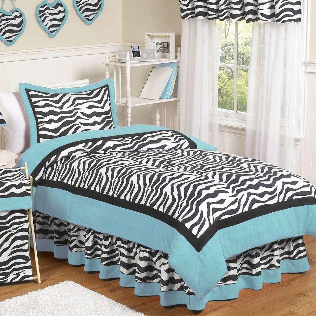interior bedroom black and white zebra patterned comforter sets . interior bedroom black and white zebra patterned comforter sets and valancemixed beadboard twin bed comforters
