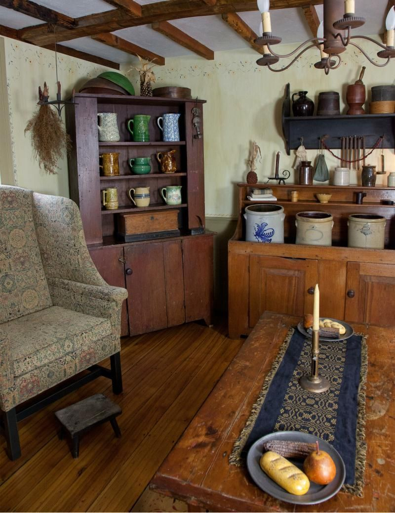 My Dream Home I Want An Old House Full Of Early American Antiques Just Like This Primitive Living Room Country Decor Rustic Primitive Decorating Country