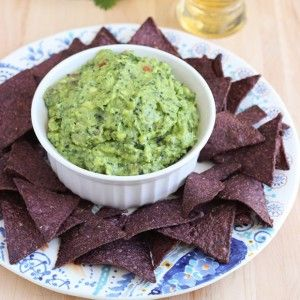 Guac kale mole my favorite part of the party divers it doesnt get much healthier than guacamole and kale were always down with easy ways to sneak in extra veggies forumfinder Image collections