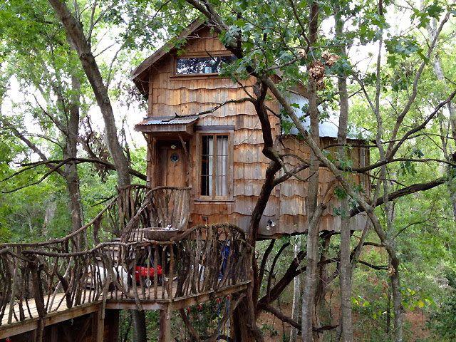 tree house designed by dan phillips huntsville tx. Black Bedroom Furniture Sets. Home Design Ideas