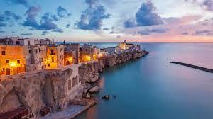 Vieste sur la côte adriatique de l'Italie
