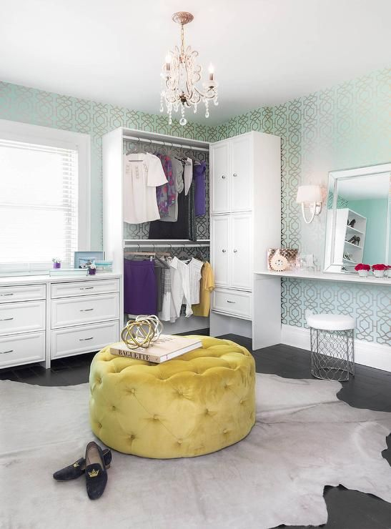 Superb Contemporary Dressing Room Features A Round Yellow Tufted Alphanode Cool Chair Designs And Ideas Alphanodeonline