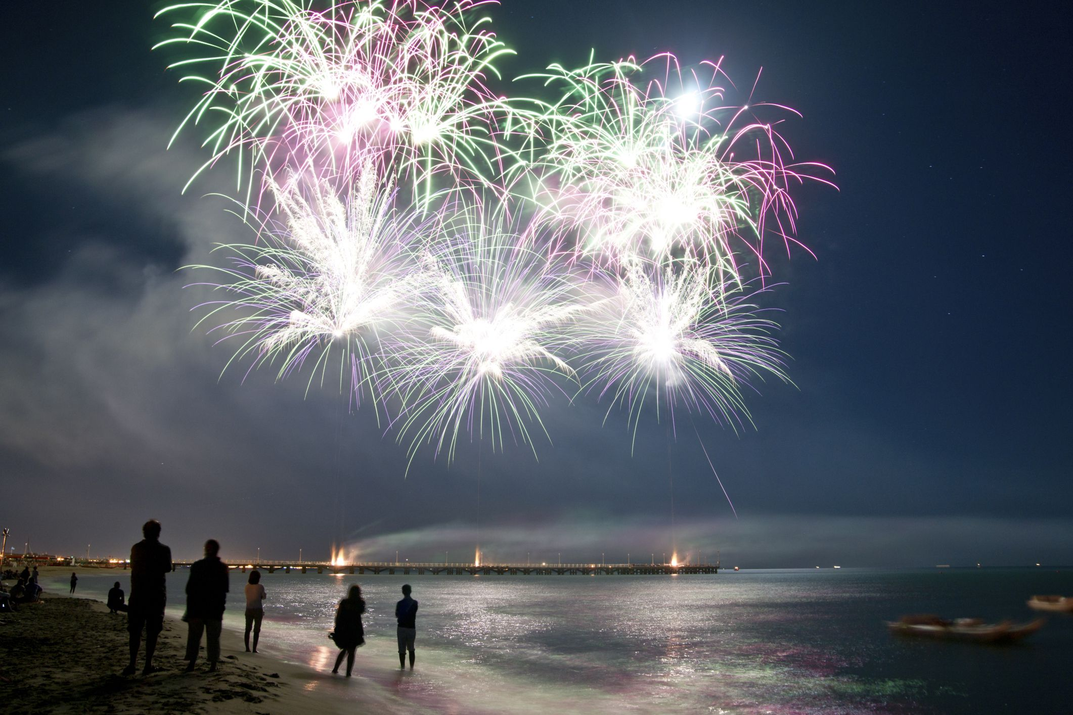 How to get a fireworks license in illinois