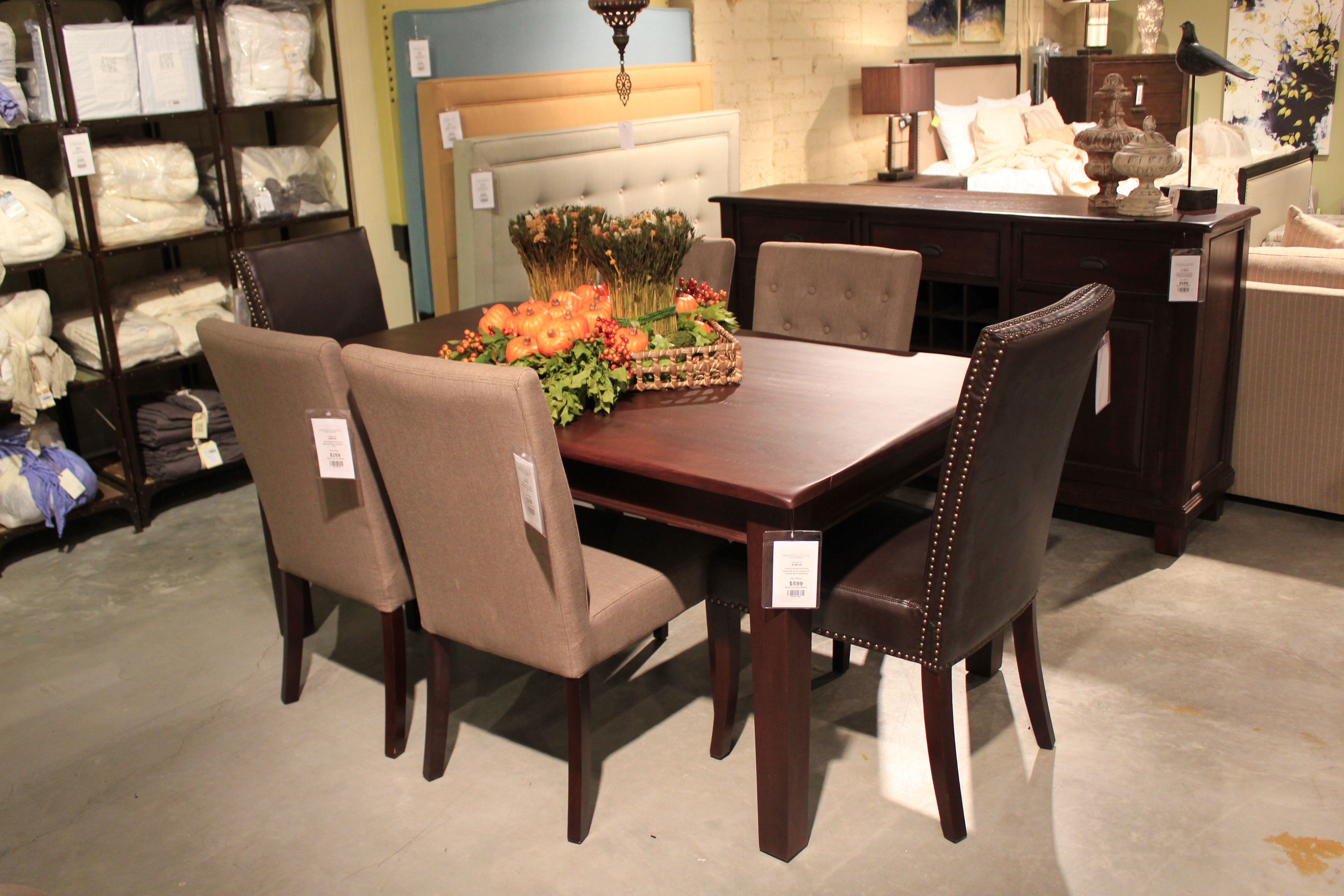 $599 Classic And Comfortable Wood Dining Room Table Wwwhomefurnituresandiegocom #Diningroom