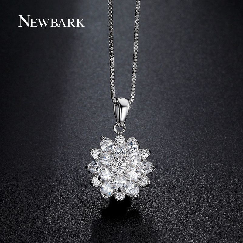 Cute Clear Cz Diamond Lotus Flower Cluster Design Pendant Necklace