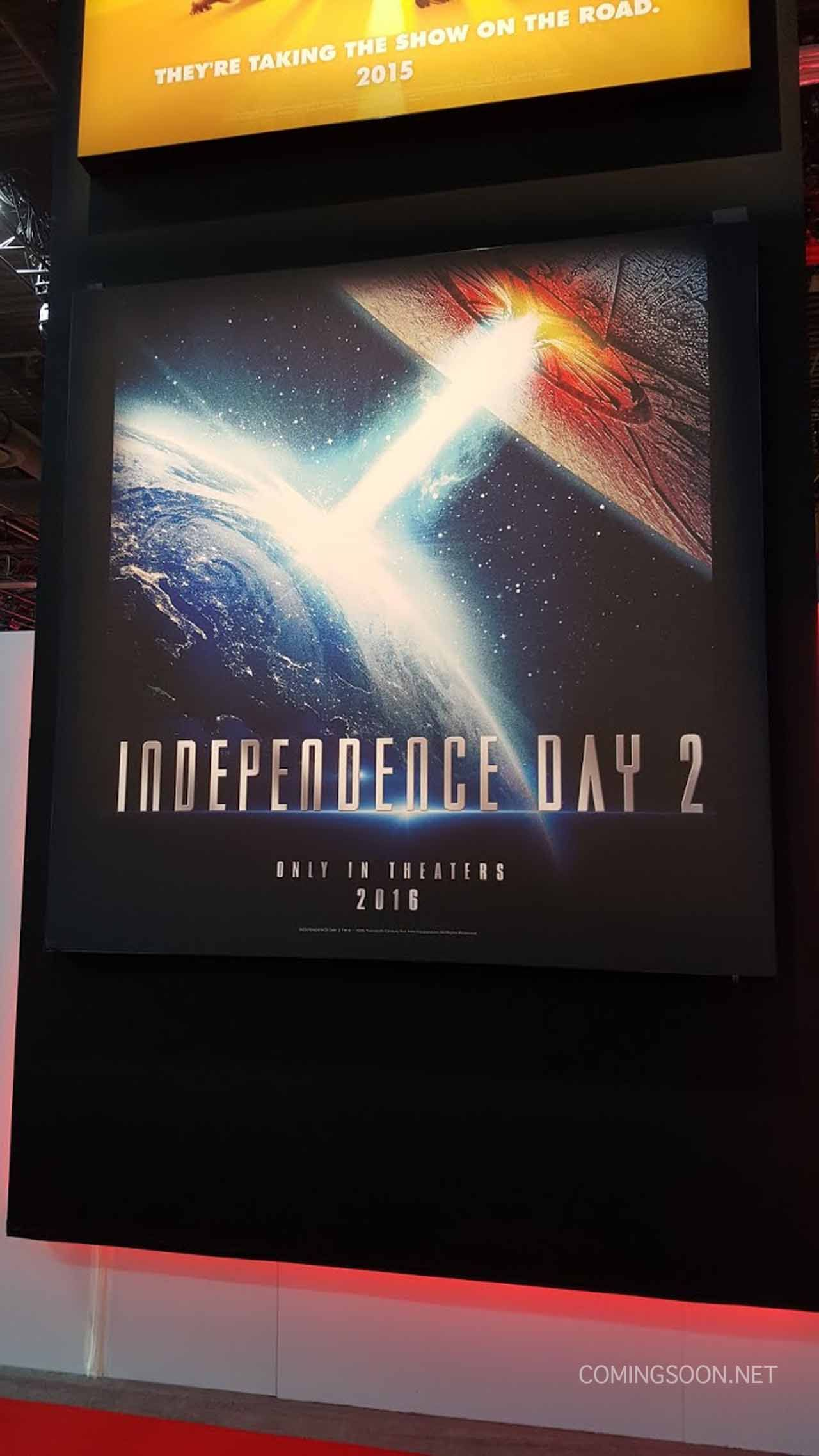 independenceday2posterlores