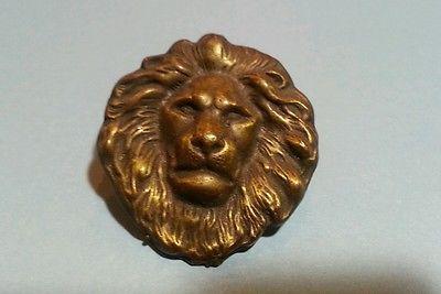 Vintage copper tone lion scarf clip