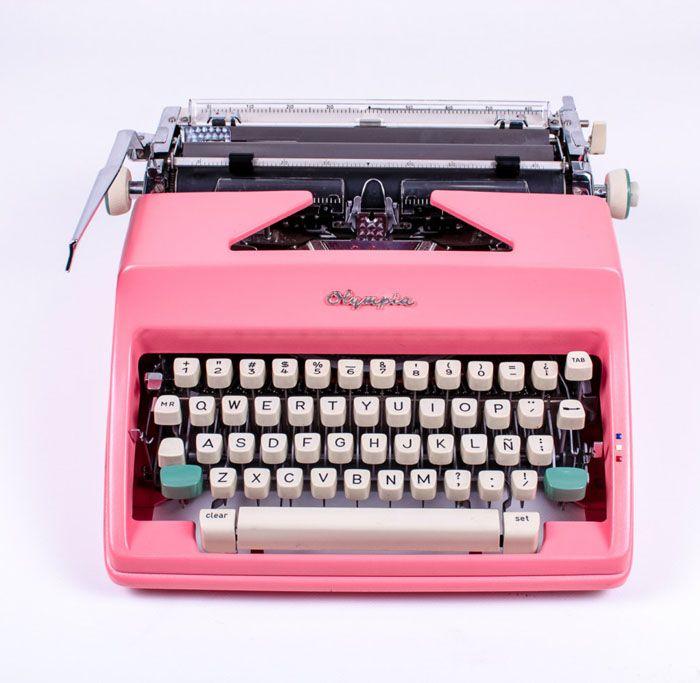 Etsy Pick of the Day | El Granero Typewriters | Poppytalk