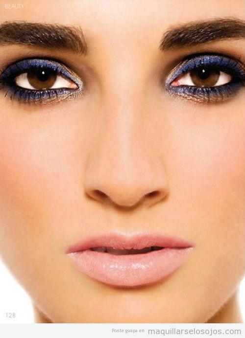 Como maquillarse con vestido azul