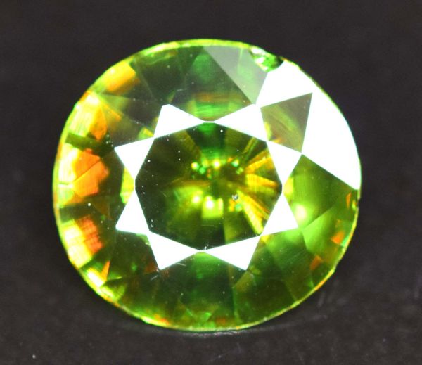2 40 Carats Aaa Color Full Fire Natural Chrome Sphene From Skardu Pakistan 9 9 4 Mm Jade52 Auctions Online Verified Gems Gemstones For Sale Color Nature