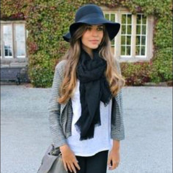 Black bow felt hat Ribbon bow accent Accessories Hats
