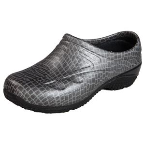 Anywear Slip Resistant Injected Closed Back Clog in Gator Chrome